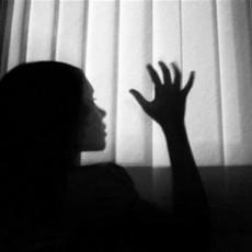 27 رجلاً يغتصبون فتاة بالهند