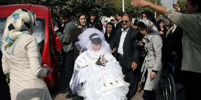 إيراني يتزوج طفلة لم تتجاوز 10 سنوات