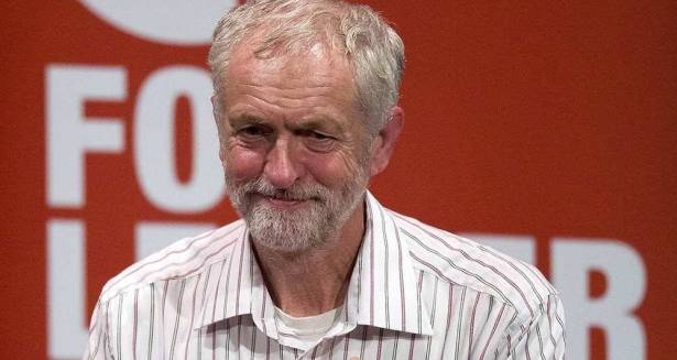 جيرمي كوربن رئيس حزب العمال البريطاني