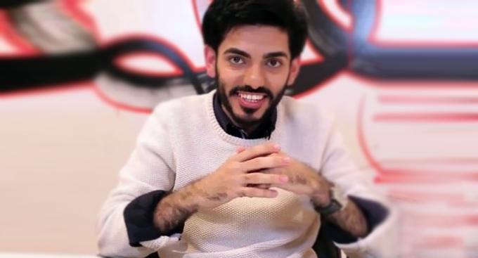 الناشط السعودي عمر بن عبدالعزيز يعود بالموسم الثاني لـ (فتنة)