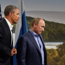 """أوباما """"سعيد"""" بغرق إيران وروسيا في """"مستنقع"""" سوريا"""
