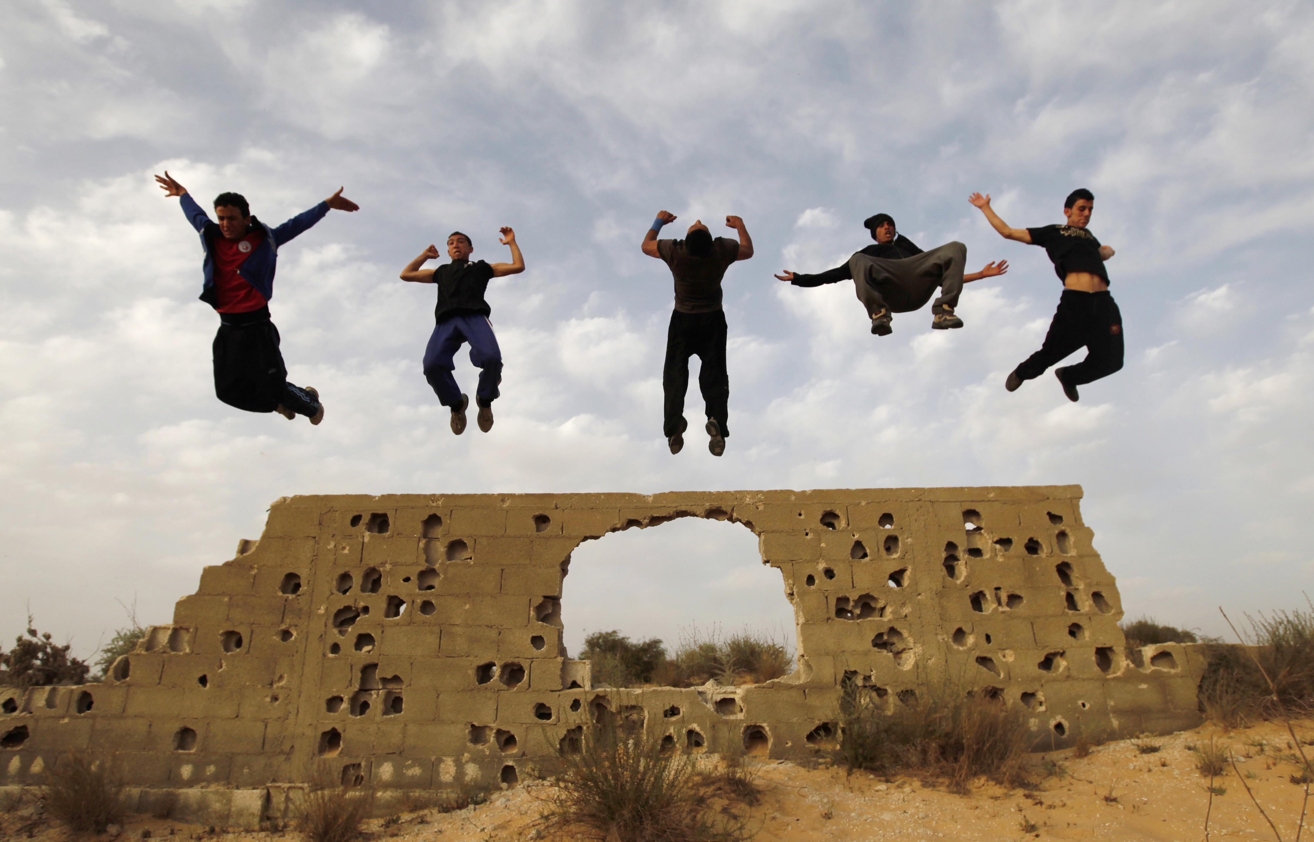 شبان فلسطينيون