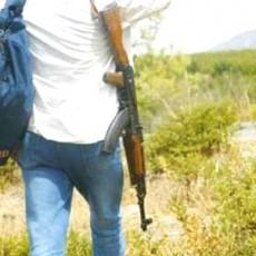 جزائري يقتل شقيقه التوأم بثلاث رصاصات