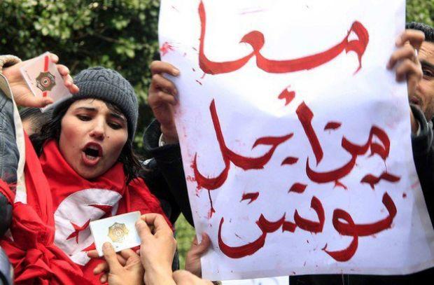 "حملة تشويه ضد ""سهام بن سدرين"