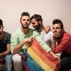 مثليو الجنس يتعرضون لمضايقات داخل ملاجىء ومخيمات اللجوء في ألمانيا