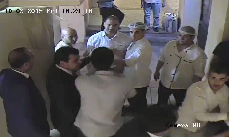 تعرض وافد مصري للاعتداء على يد شقيق النائب الأردني الشوابكة
