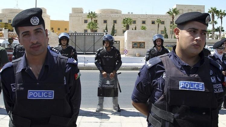 مقتل مدربين أميركيين وجنوب إفريقي بمركز أمني في عمّان