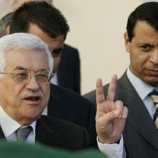 محمود عباس ومحمد دحلان