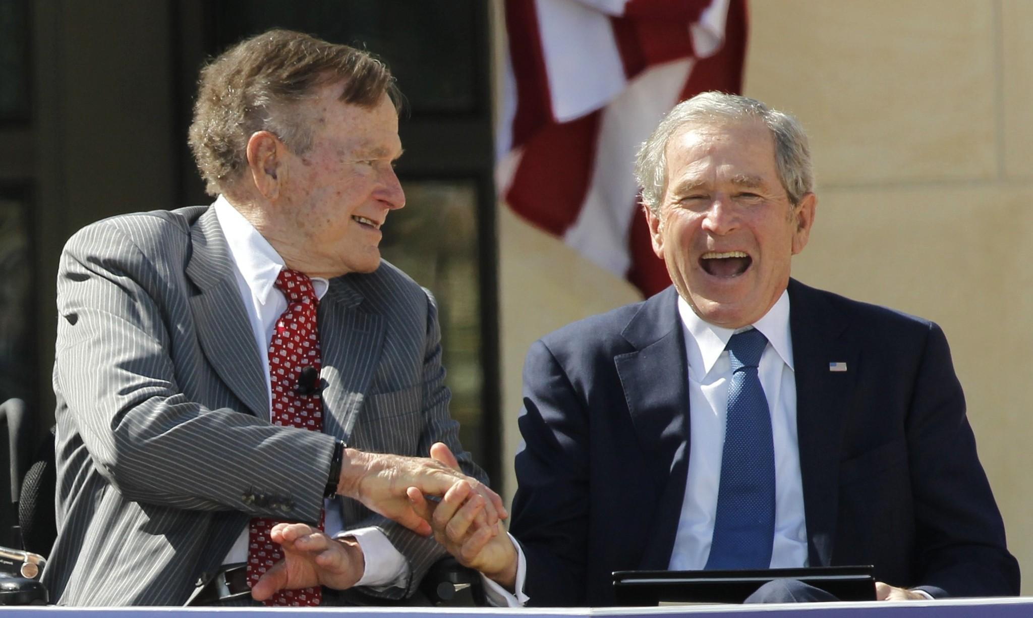 جورج بوش الاب والأبن