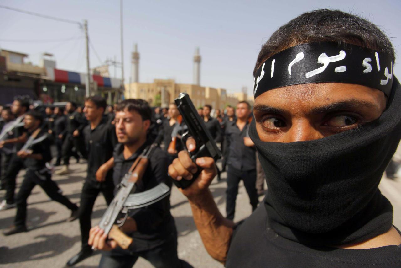 الفرس يهيمنون على العراق