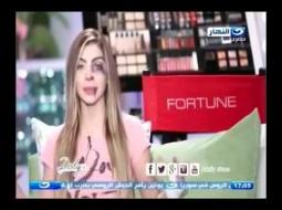 بالفيديو.. مذيعة مصرية تظهر على الشاشة وأثار تعنيف زوجها على وجهها واضحة!!