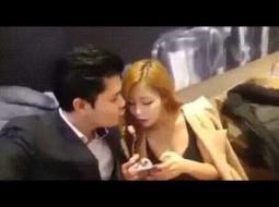 بالفيديو…تحايل لأجل قبلة فتلقى صفعة قوية على وجهه