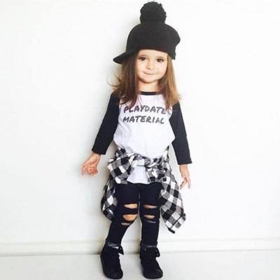 أصغر عارضة أزياء