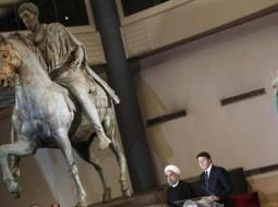 حسن روحاني خلال زيارته إيطاليا
