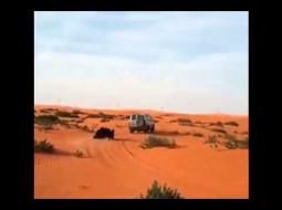 فيديو: خليجيات يتزلجن عن الكثبان الرملية في تجربة فريدة