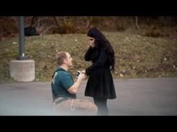 فيديو: رجل إطفاء يطلب يد حبيبته على طريقته الخاصة