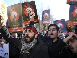 متظاهرون في إيران