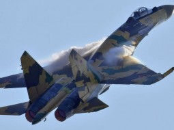 """""""فيديو"""": روسيا ترسل أحدث مقاتلاتها الحربية إلى سوريا"""