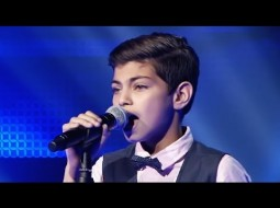 """""""فيديو"""" طفل فلسطيني يبهر لجنة """" ذا فويس كيدز"""""""