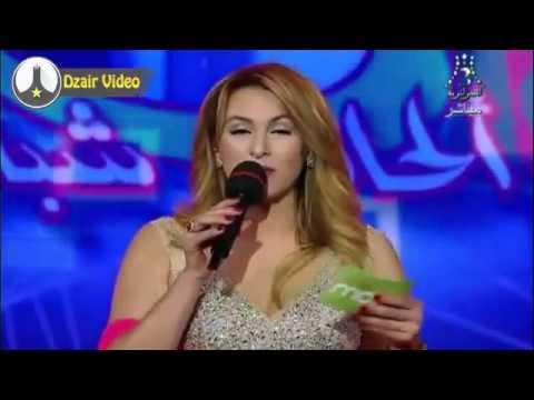 فيديو: هل المشكلة بفستان المذيعة الجزائرية الفاضح أم القناة الرسمية؟