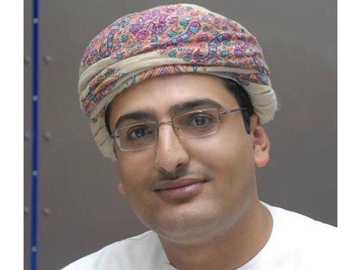 المدون العماني المعروف معاوية الرواحي