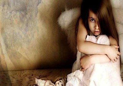 معلم يغتصب طفلة في مصر