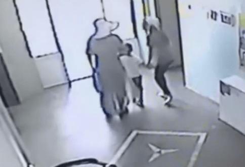 جريمة تحرش جنسي في سلطنة عمان من قبل وافد تثير ضجة واسعة على مواقع التواصل   وطن الدبور