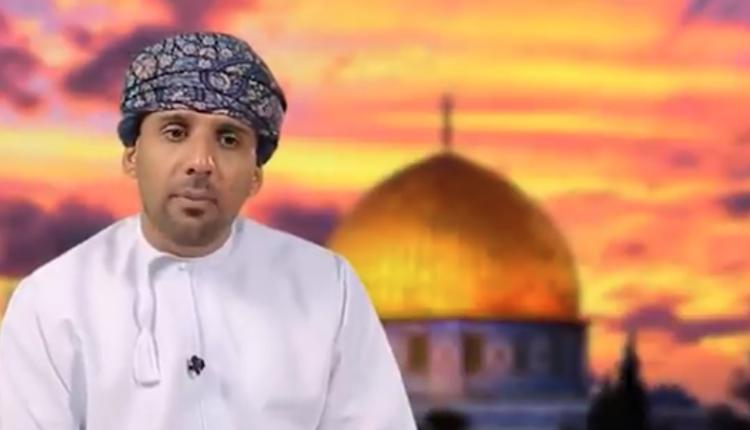 إعلامي عماني
