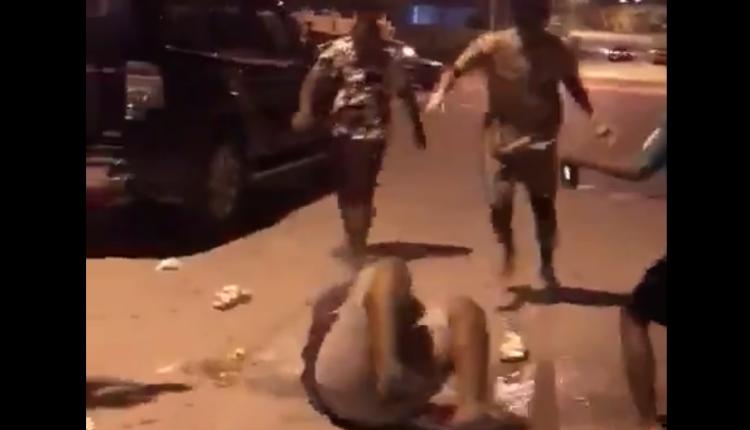 القبض على ١٦ مراهقا عمانيا بعد فيديو التنمر