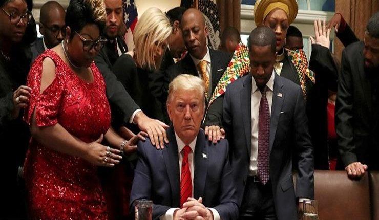 الرئيس الأمريكي ترامب