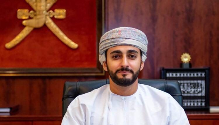 ولي عهد سلطنة عمان الشاب السيد ذي يزن بن هيثم يتأمل الشباب منه الكثير