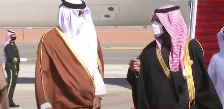 شاهد ماذا قال ولي عهد السعودية لأمير قطر لحظة وصوله