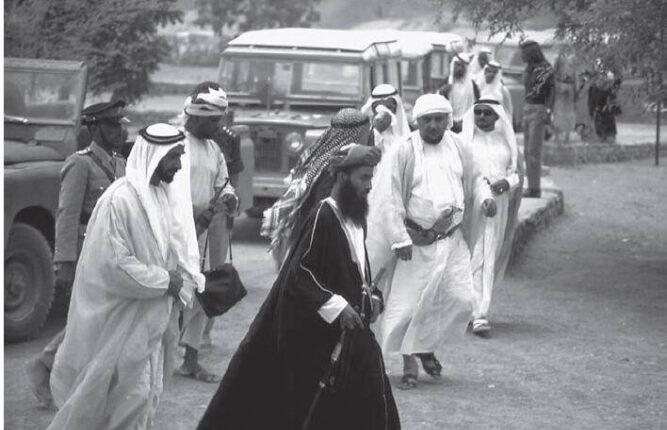 الشاهين العماني يرد على إماراتي شتم السلطنة