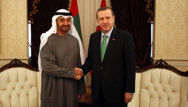 شيطان العرب يرتمي بأحضان أردوغان